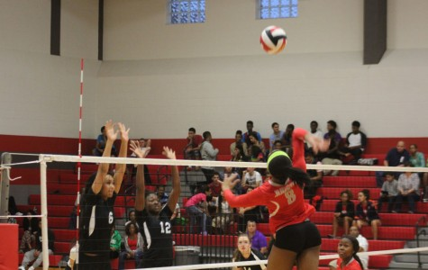 Volleyball Struggling In District Play