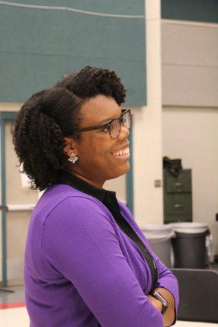 Former Rocket steps in to lead choir program