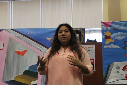 Art club students present murals to Miller's Point