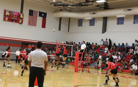 Rocket Volleyball Beats Wagner
