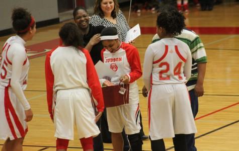 Girls Basketball Celebrates Senior Night, Playoffs