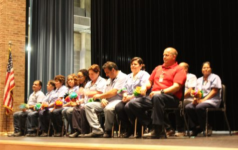Students organize pep rally to give back to custodial staff