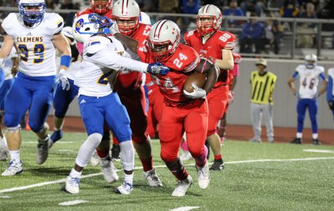 Football pulls off a win against Clemens