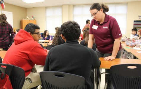 Judson alumni comes back to student teach