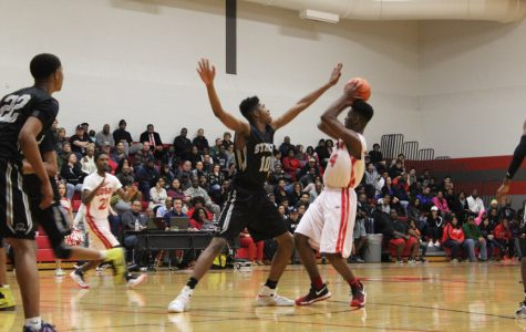 Boys basketball falls to Steele