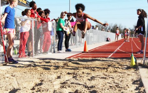 Both track teams head to track & field state meet