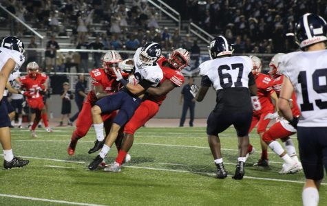 Football falls to Smithson Valley