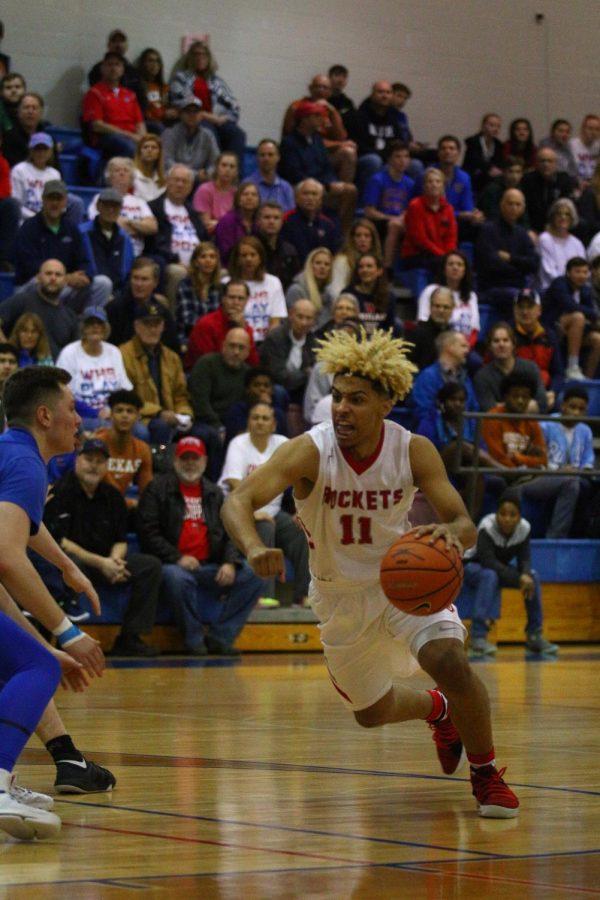 Boys basketball falls to Westlake