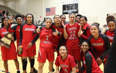 Girls basketball advances to Final Four