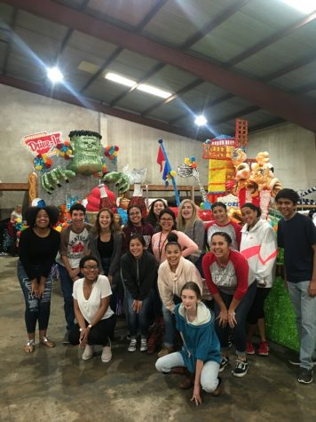 Student Council will participate in Battle of Flowers parade on San Antonio's 300th year