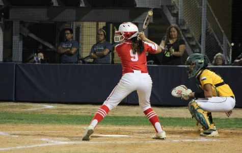 Softball falls to Holmes, ending playoff run