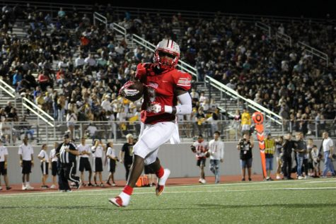 Football heads into playoffs after win against Canyon