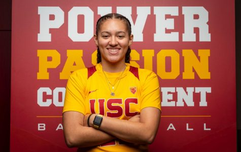 Senior Kyra White commits to the University of Southern California