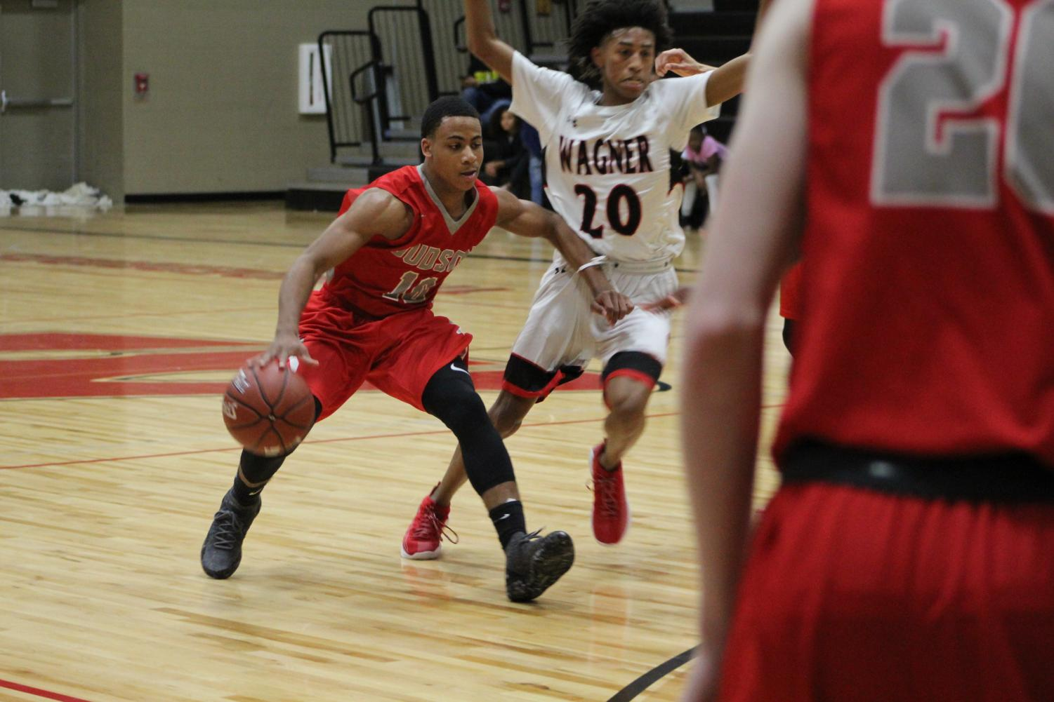 Junior Kyonte Holder dribbles the ball past the Wagner Thunderbird defense. The Rockets fell to the Thunderbirds, 80-68.