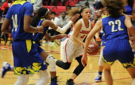 Lady Rockets blast by the Buffaloes
