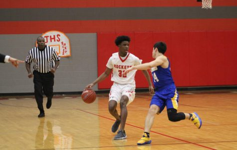 Boys basketball falls to Clemens