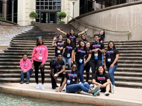 Health Science students travel to the San Antonio AIDS Foundation on World AIDS Day