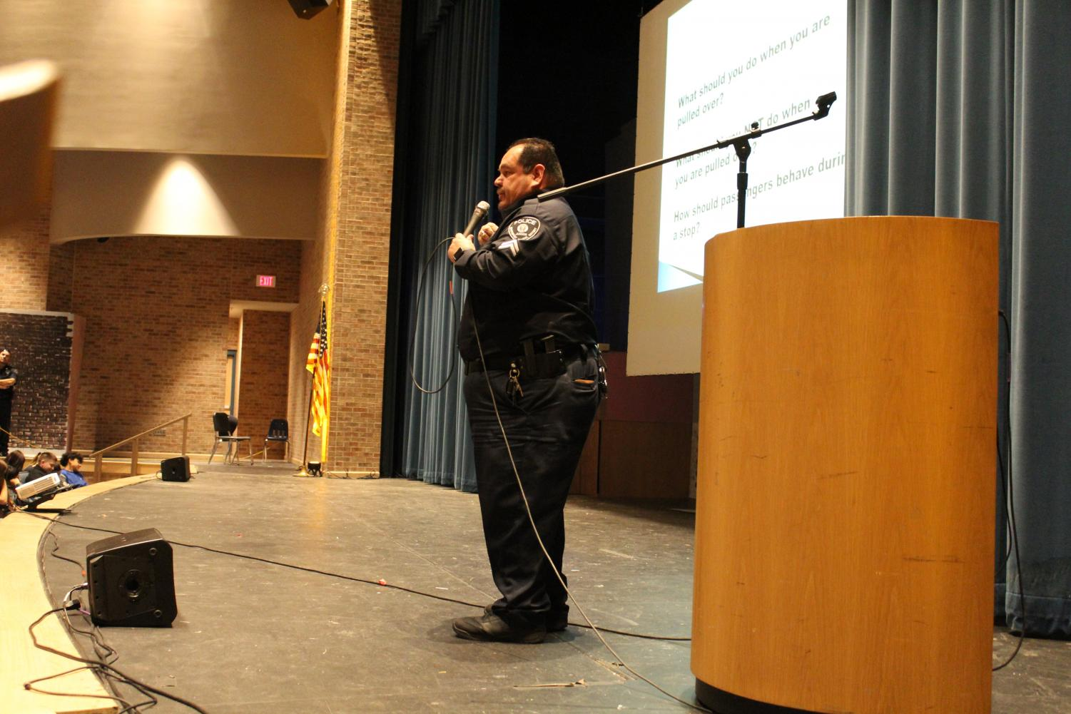 Officer Patrick Resendis speaks to freshman about how to handle police interactions.
