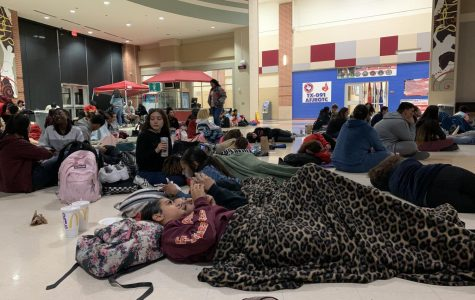 Model UN, GSA and NHS hold movie night