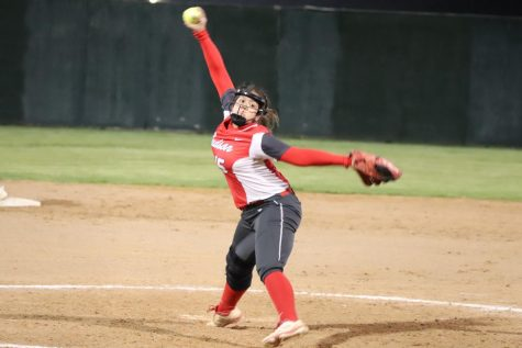 Lady Rockets beat Smithson Valley