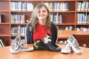 Sophomore Emily Clymer picks up designing custom shoes