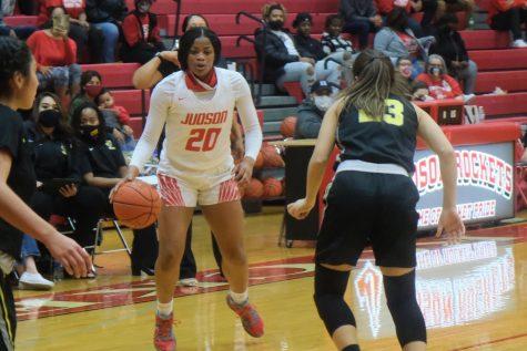 Girls basketball beats East Central
