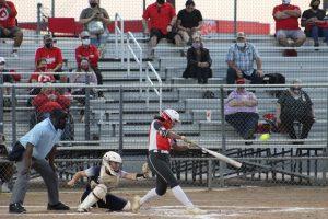 Softball beats Smithson Valley