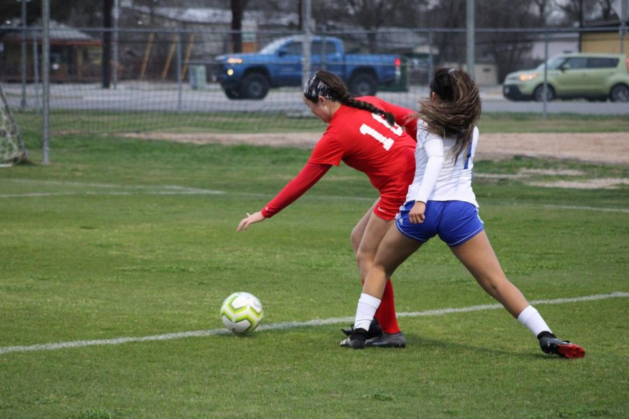 Girls soccer falls to South San