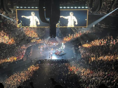 Nearly 20,000 people pack the Amway Center in Orlando, Florida to see Harry Styles in concert. This was part of his Love On Tour.